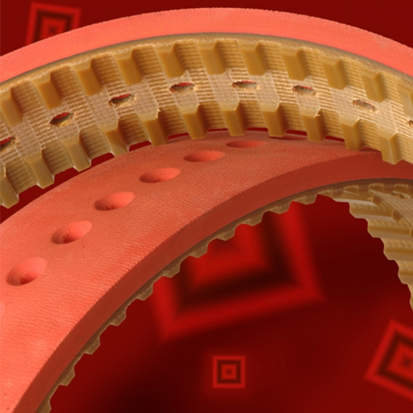 Pasy zębate z pokryciami i perforacją